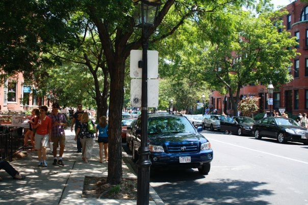 Popular Newbury Street, Cafe, Shops